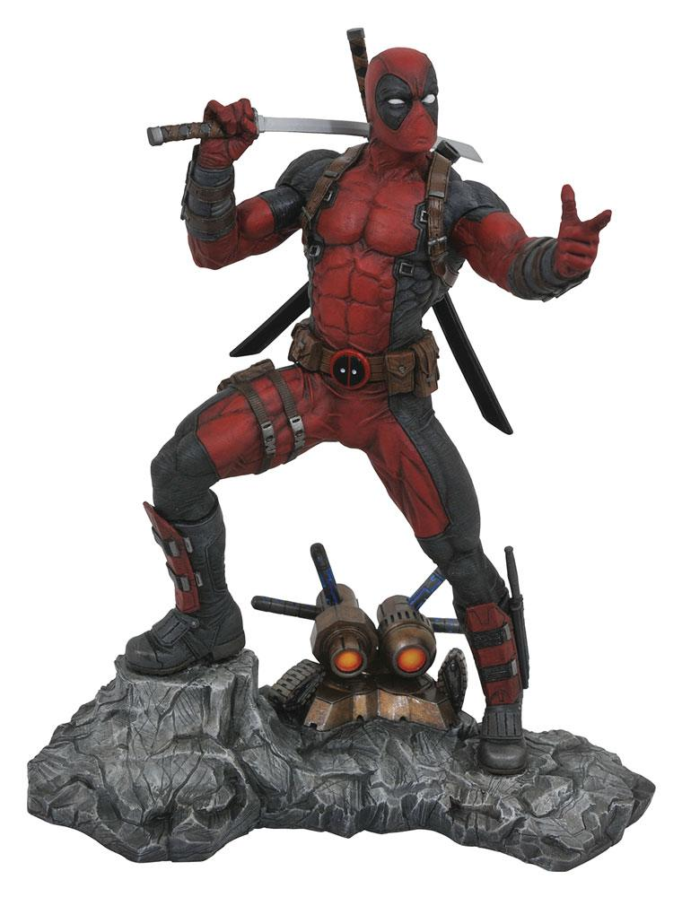 Marvel Premier Collection Statue Deadpool 30 cm
