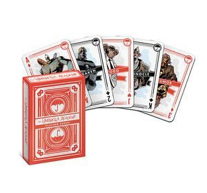 La Umbrella Academy jugant a cartes